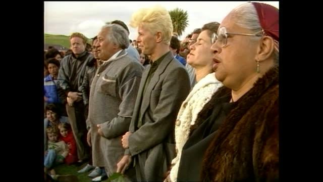 listening-to-marae-elder-mark-metekingi-