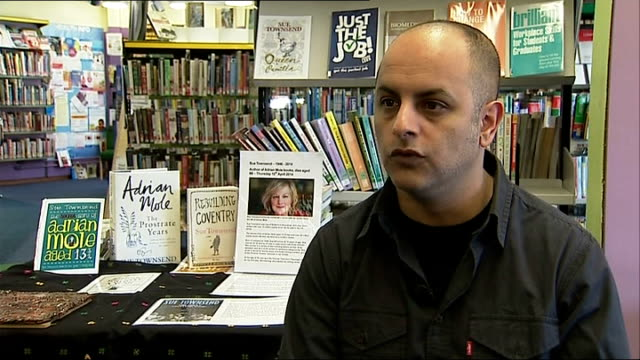 author sue townsend dies; bali rai interview sot - スー・タウンゼント点の映像素材/bロール