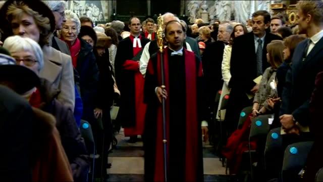 literature: charles dickens bicentenary celebrations: service at westminster abbey; england: london: westminster abbey: int people gathered for... - charles dickens bildbanksvideor och videomaterial från bakom kulisserna