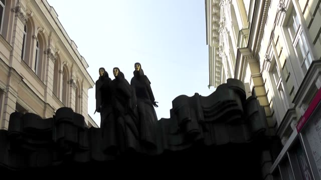 lithuanian national drama theatre is the country's most prominent publicly funded performing arts venues and cultural institutions. founded as a... - landmark theatres stock videos & royalty-free footage