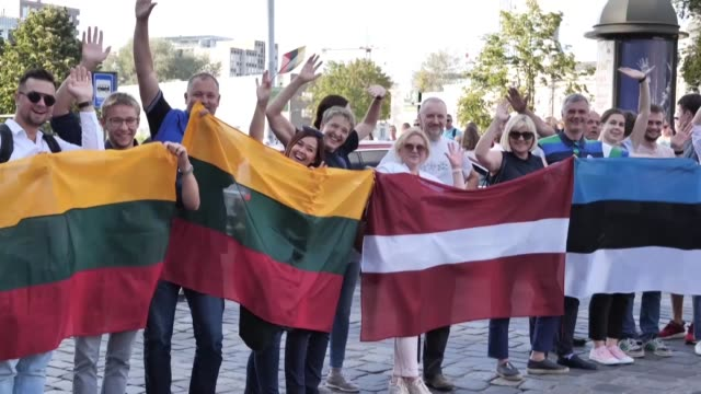 lithuanians form a human chain under the motto the baltic way it's us in the capital vilnius - chain stock videos & royalty-free footage