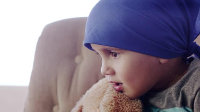 Kleine Junge Chemotherapie