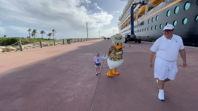 little boy reacts to disney's donald duck taking him back to the cruise ship. so sweet! - disney stock videos & royalty-free footage