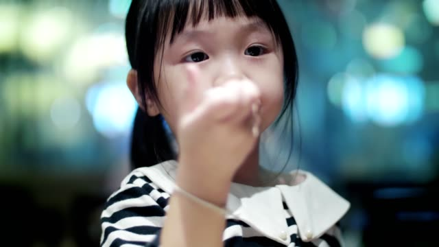 little girl(4-5 years) eating food - 4 5 years stock videos & royalty-free footage