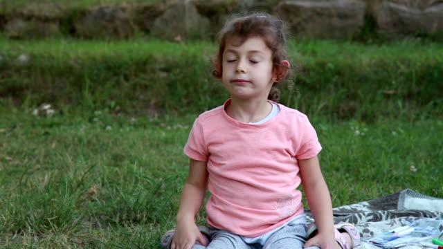 little girl shaking head - i said no - shaking head stock videos & royalty-free footage