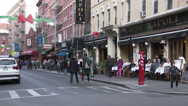 Little Italy, NYC - Mulberry Street Sidewalk Cafes (Christmas Season)