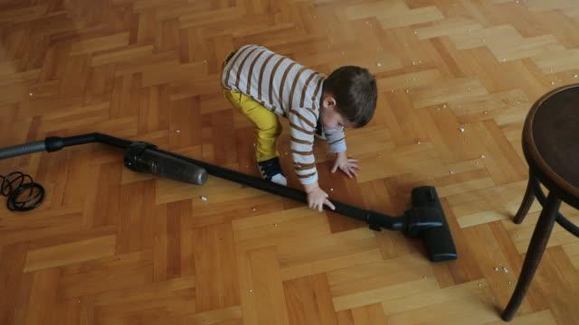 little worker - vacuum cleaner stock videos & royalty-free footage