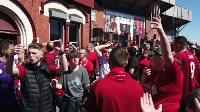 liverpool fans singing outside the albert pub before liverpool's final premier league match of the season against wolverhampton wanderers on may 12th... - outdoors stock videos & royalty-free footage