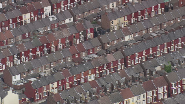 liverpool's old terraced streets - liverpool england stock videos & royalty-free footage
