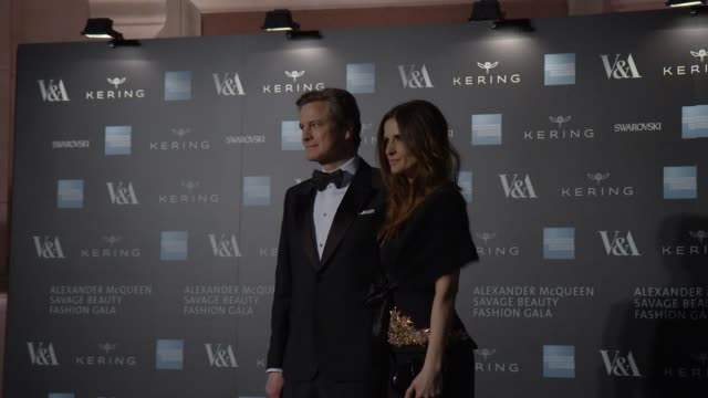 vídeos de stock, filmes e b-roll de livia firth colin firth at alexander mcqueen savage beauty fashion gala at the va presented by american express and kering at victoria and albert... - colin firth