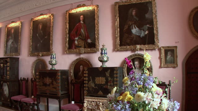 pan living room interior of glamis castle / glamis, scotland, united kingdom - castle stock videos & royalty-free footage