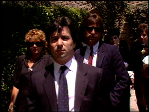 Liza Minnelli at the Funeral for Vincente Minnelli on July 25 1986
