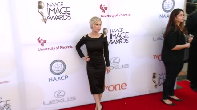 stockvideo's en b-roll-footage met liza weil at the 46th annual naacp image awards - arrivals at pasadena civic auditorium on february 06, 2015 in pasadena, california. - pasadena civic auditorium