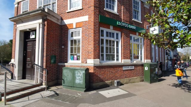 lloyds bank east dulwich is closed during the coronavirus pandemic on march 21 2020 in london england - brian dayle coronavirus stock videos & royalty-free footage