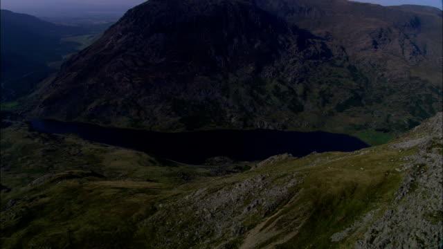 llyn ogwen  - aerial view - wales, county borough of conwy, united kingdom - llyn ogwen stock videos & royalty-free footage