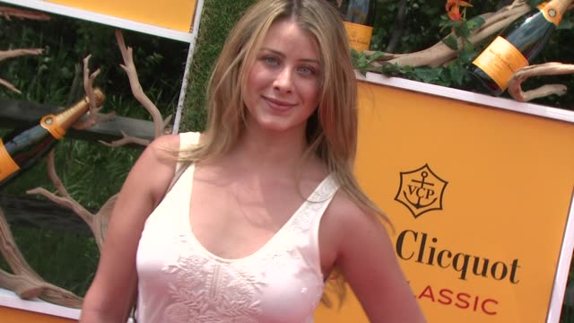 lo bosworth at the fifth annual veuve clicquot polo classic on 6/02/2012 in new york ny united states - 動物を使うスポーツ点の映像素材/bロール