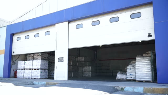 load from warehouse