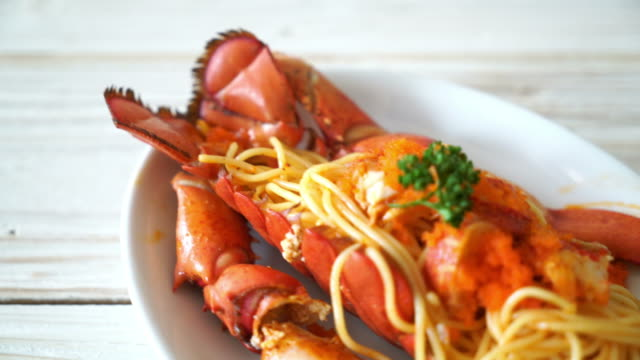lobster spaghetti with shrimp egg