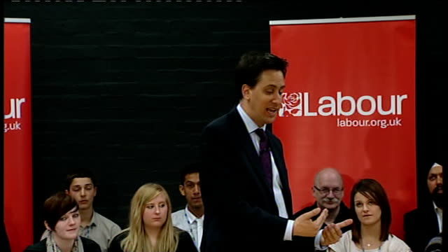 Ed Miliband answers questions in Gravesham Miliband answering questions SOT On tuition fees / very struck by experience of Nick Clegg I don't think...