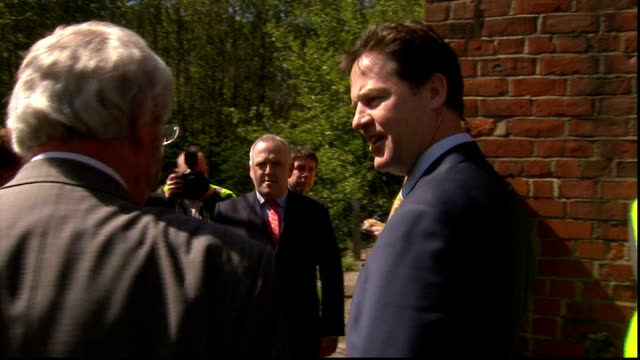 nick clegg visits factory in newcastle england tyne and wear newcastleupontyne ext cars arriving / nick clegg mp out of car and shaking hands / clegg... - skibrille stock-videos und b-roll-filmmaterial