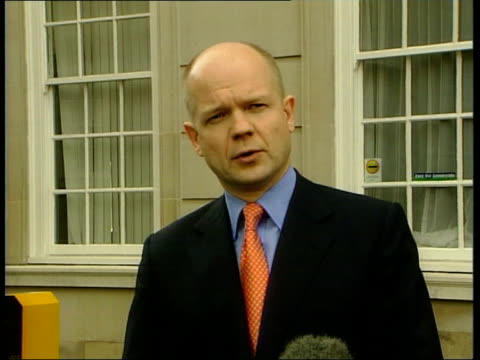 local elections postponed because of foot and mouth disease london william hague mp speaking to press sot accept in principle the postponement of the... - maul und klauenseuche stock-videos und b-roll-filmmaterial