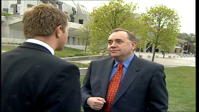 snp becomes biggest party in scottish parliament/ voting system chaos scotland edinburgh ext alex salmond mp as interviewed by television crew... - scottish national party stock videos & royalty-free footage