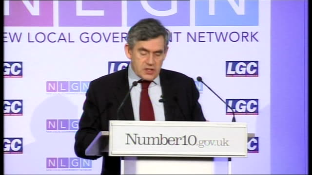 stockvideo's en b-roll-footage met gordon brown speech gordon brown speech continued sot quarter of a million new apprentices/ more local government apprentices/ investing in jobs and... - quarter