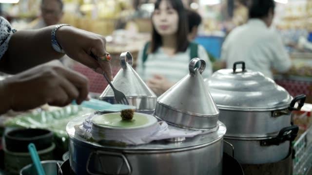 local thai sweet cooking - street food stock videos & royalty-free footage