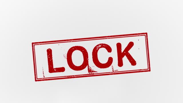 lock  - wachmann stock-videos und b-roll-filmmaterial