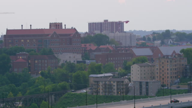 lockdown: home buildings in knoxville tennessee (shot on red) - university of tennessee stock videos and b-roll footage