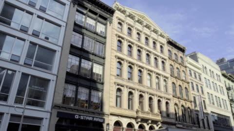 soho loft - establishing shot - apartment stock videos & royalty-free footage