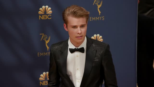 vídeos de stock, filmes e b-roll de logan shroyer at the 70th emmy awards arrivals at microsoft theater on september 17 2018 in los angeles california - 70th annual primetime emmy awards