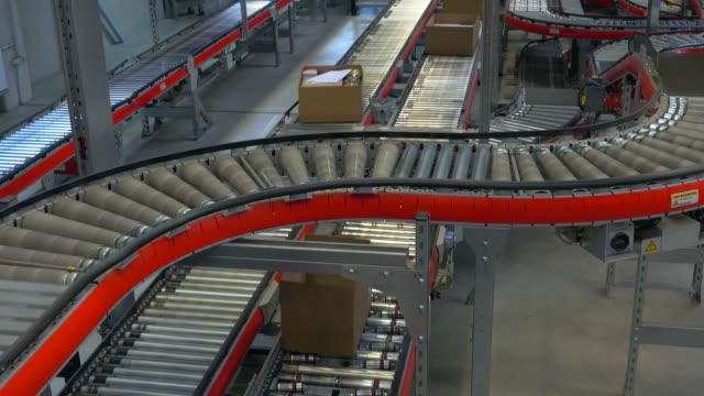 logistics centre of a mail-order company for office products, grossostheim, bavaria, germany, europe - fließbandfertigung stock-videos und b-roll-filmmaterial