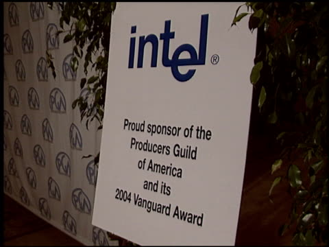 stockvideo's en b-roll-footage met logo at the 2004 producers guild of america awards at the century plaza hotel in century city california on january 17 2004 - producers guild of america