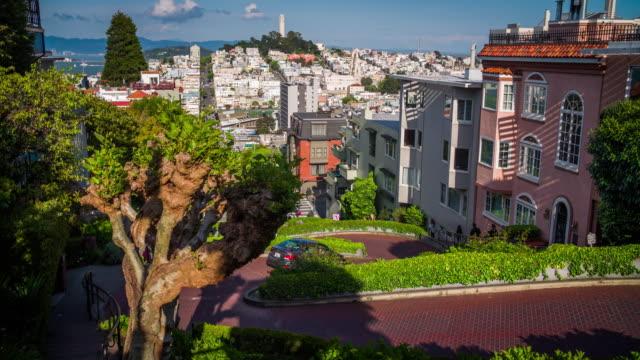lombard street i san francisco - 4k stadsbilder, landskap & establishers - lombard street san francisco bildbanksvideor och videomaterial från bakom kulisserna