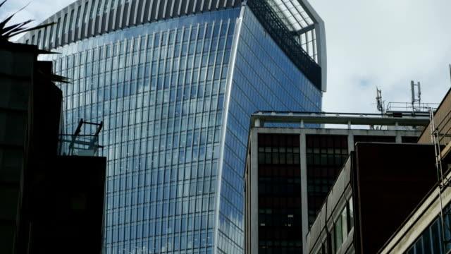 London 20 Fenchurch Street Skyscraper Tilt Up (4K/UHD to HD)