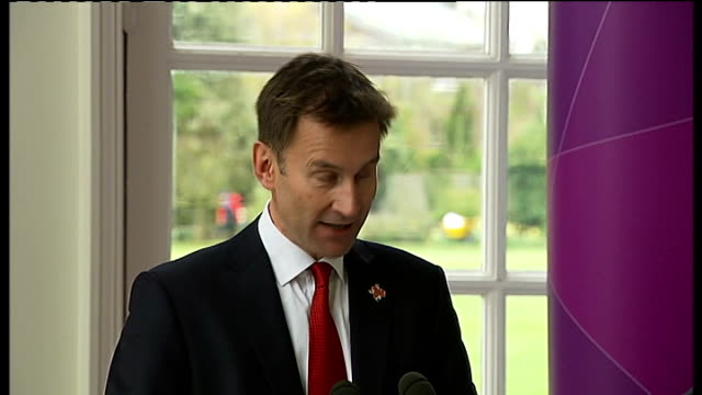 london 2012 olympic games: 100 days to go: press conference at kew gardens; jeremy hunt mp press conference sot - キュー点の映像素材/bロール