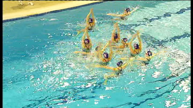 british synchronised swimming team practicing england hampshire aldershot int various general views of the british synchronised swimming team... - 2012年ロンドン夏季オリンピック点の映像素材/bロール