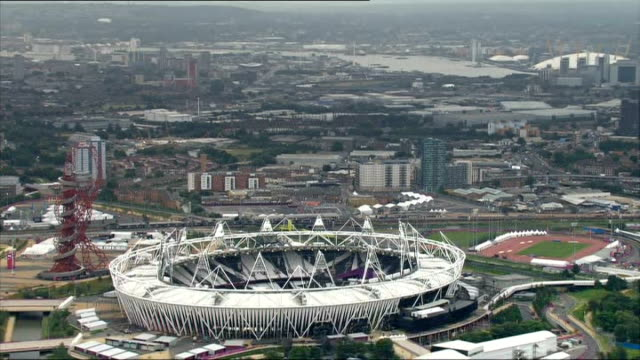 London 2012 Olympic Games comes in under budget / Olympic Stadium legacy plans LIB / 1092012 Olympic Stadium and ArcelorMittal Orbit observation tower