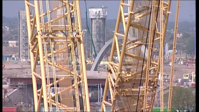 ioc begin 3 day visit to olympic site more general views of olympic stadium building site bulldozers working - オリンピックスタジアム点の映像素材/bロール