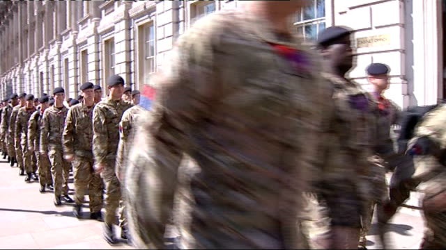 jacques rogge visits olympic park whitehall british soldiers on olympic guard duty marching past cabinet office troops marching away boris johnson... - notfallplan konzepte stock-videos und b-roll-filmmaterial