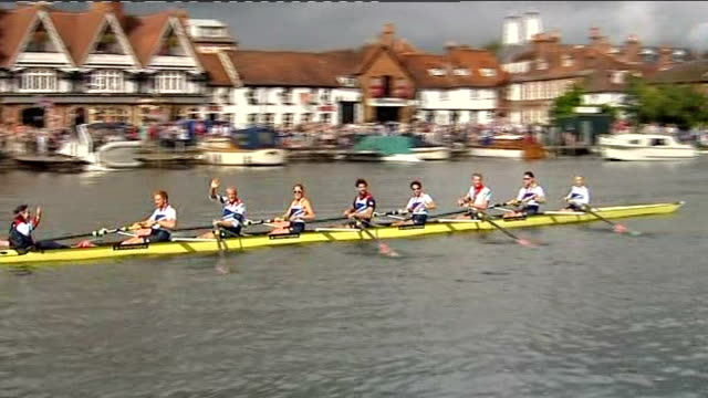 stockvideo's en b-roll-footage met medal winners perform row past on river thames followed by a parade in henley england oxfordshire henley ext victorious london 2012 olympic team gb... - oxfordshire