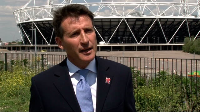 vídeos de stock, filmes e b-roll de tickets to be donated to the armed forces lord coe interview sot about importance of troops getting tickets i thought it was important to recognise... - brace