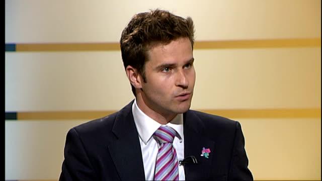 ENGLAND London GIR INT Mark Evers interview SOT