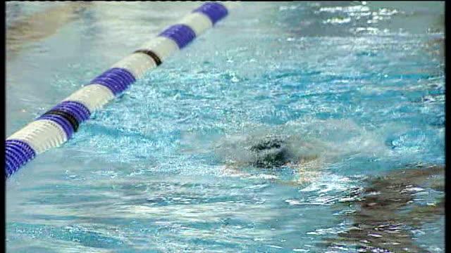 Many Paralympian athletes struggle to find sponsorship TX 2682010 Avon Bath INT Liz Johnson swimming in pool