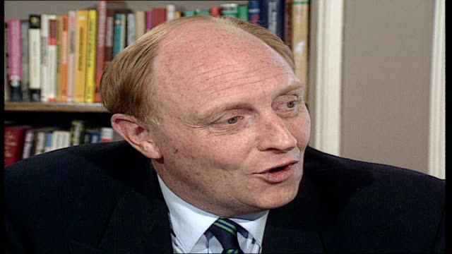 london 240 journalists cutaways kinnock into pkf answers labour pty question about political levy one member one vote hq party soon nice touch at... - bbc video stock e b–roll