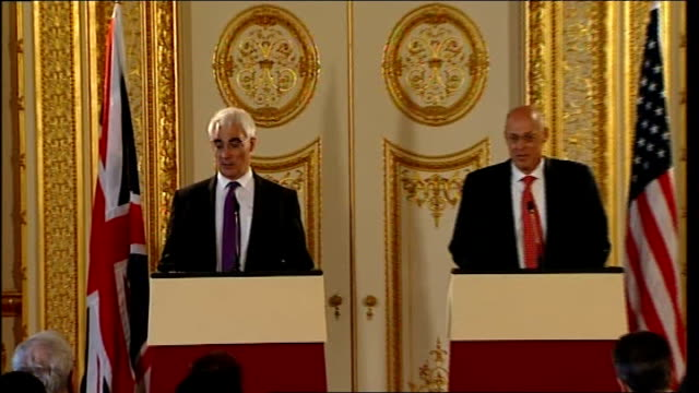 alistair darling mp and henry paulson at press conference - alistair darling stock videos & royalty-free footage