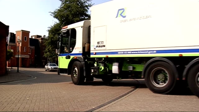 london bermondsey int biofuel processing machinery and equipment in garage workshop richmonduponthames ext council refuse lorry along road york cafe... - richmond upon thames stock-videos und b-roll-filmmaterial