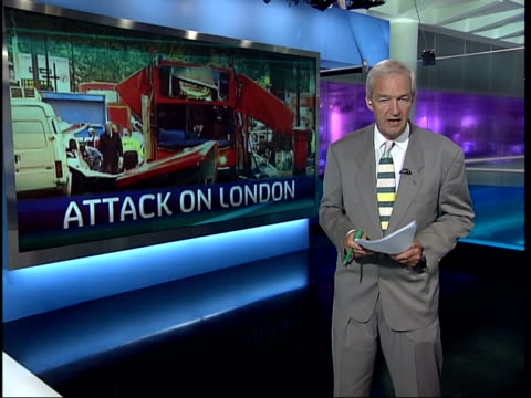 stockvideo's en b-roll-footage met channel 4 news special 1900 1930 1903 england london gir jon snow i/c - channel 4 news