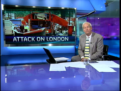 stockvideo's en b-roll-footage met channel 4 news special: 19.30 - 20.00; england: london: gir: jon snow i/c - channel 4 news